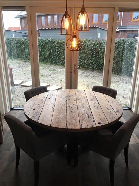 Oud Eiken Wagonplanken Ronde Tafel ✅ Maatwerk Meubels ✅ Kies je eigen planken in onze showroom ✅ Ook losse verkoop planken!